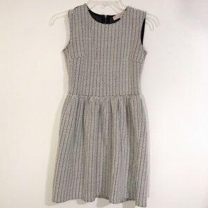 Loft Black and White Comfy Work Dress Petite 00